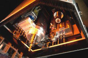 常用几种CNC加工中心的功能